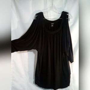 Torrid Tops - Torrid Sz 1 or 1X Top Black Dolman Sleeve Keyhole
